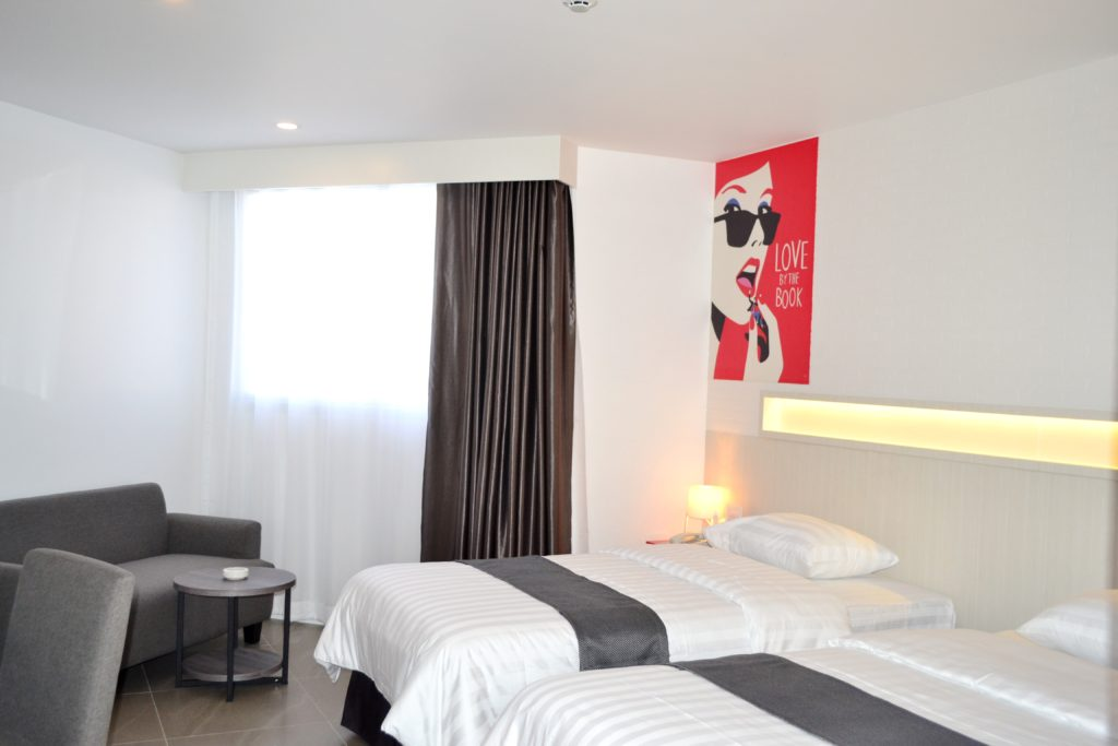 Flipper Lodge Hotel : ห้องซูพีเรีย วิวเมือง อาคาร เอ